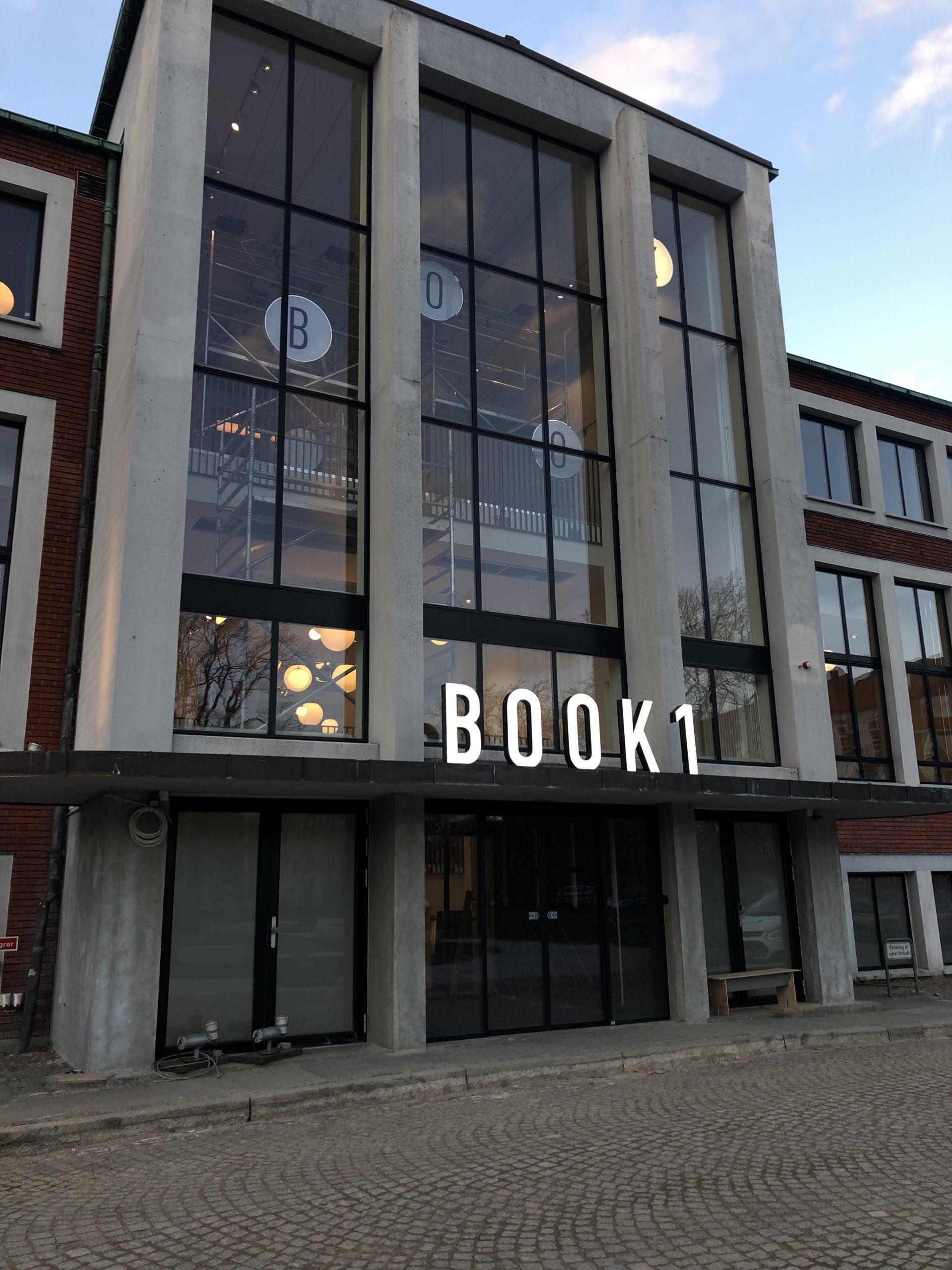 Book1 LED skilte